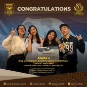 Juara 3 Kompetisi Debat Di International Relations English Competition (IREC)